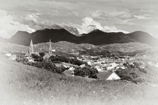 A fine black-and-white shot of the town of Clifden with the Twelve Bens in the background. Few writers capture the spirit of these Connemara landscapes as well as Tim Robinson (photo © Michael Walsh / dreamstime.com).