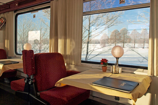 A Czech restaurant car was the perfect spot for breakfast on a winter journey from Berlin to Dresden (photo © hidden europe).