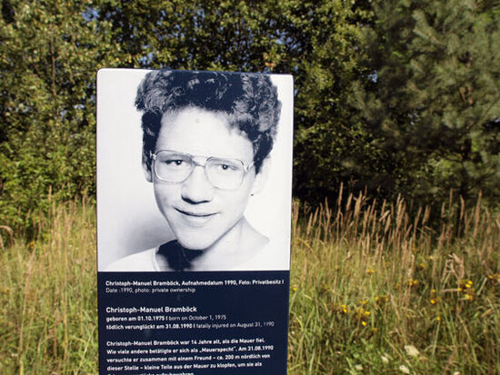 Detail from the marker on the Berlin Wall cyle way that recalls the death of Christoph-Manuel Bramböck, the last victim of the Berlin Wall (photo © hidden europe).