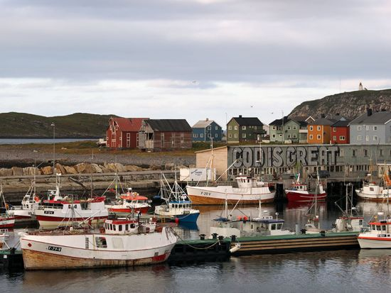 The Arctic port of Vardø on Norway's Varanger Peninsula – where the locals are keen to proclaim the merits of cod! (photo © hidden europe).