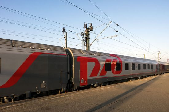 The Russian Railways (RZD) train from Moscow to Paris seen here in Hannover. The carriage decorated with the RZD logo is one of the new Austrian-built sleepers introduced on this route in January 2015 (photo © hidden europe).