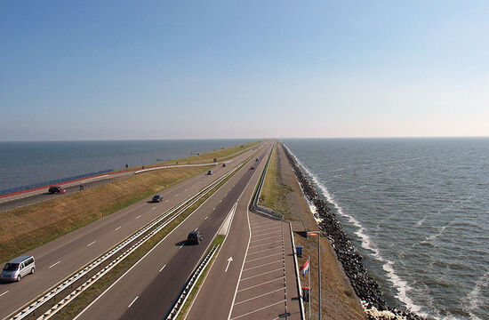 The E22 Holyhead to Ishim road crossing the Afsluitdijk in Holland (photo © Chrwincan5dm2 / dreamstime.com).
