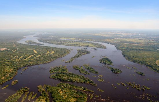 An aerial view of the Zambezi River (photo © Luca Santilli / dreamstime.com).