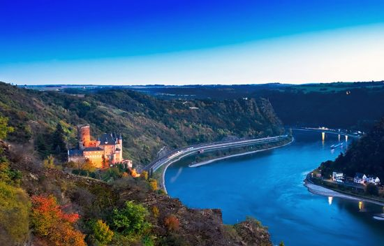 The Rhine Gorge with Burg Katz and the Loreley (photo © Europhotos / dreamstime.com).