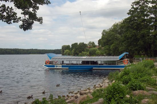 The ferry over the Straussee in eastern Germany picks up its power from an overhead wire (photo © hidden europe).