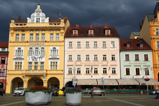 The Grand Hotel Zvon dominates one side of the town square in the Bohemian town of Ceské Budejovice (photo © hidden europe).