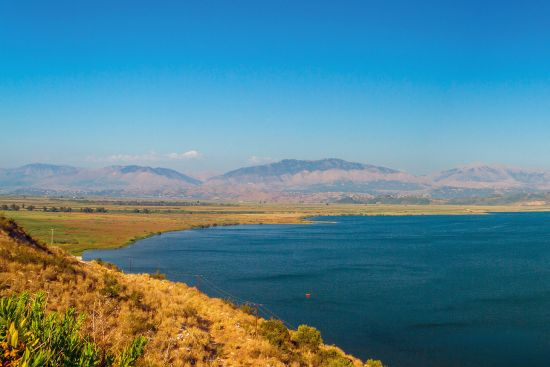 Lake Butrint in the south of Albania near Sarandë (photo © Marsel Tefa / dreamstime.com).