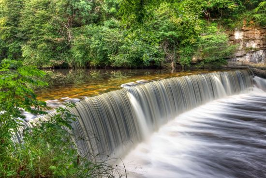 Cramond Weir on the River Almond (photo © Chris Leachman / dreamstime.com).