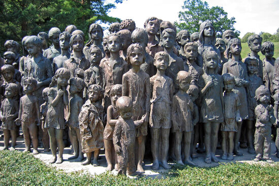 The memorial to the children of Lidice in the Czech village (photo by Moravice)