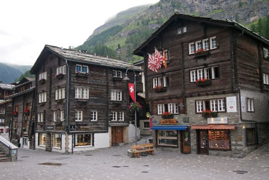Swiss style in Zermatt (photo © hidden europe).