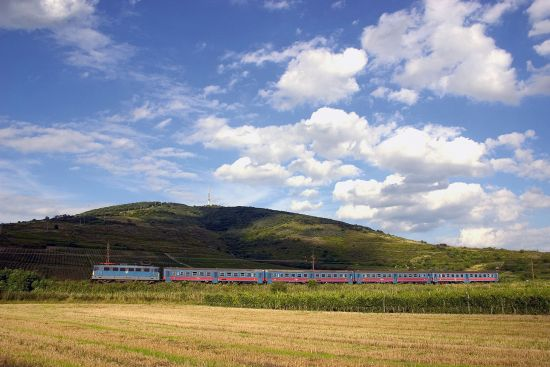 The Hungarian trains which circle around Tokaji Hill afford marvellous views of the region's vineyards (photo © Attila Vörös / dreamstime.com).