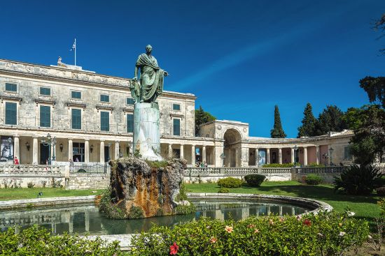 The neoclassical Palace of St Michael and St George in Kerkyra — commissioned by Thomas Maitland during his time in Corfu (photo © Infomods / dreamstime.com).