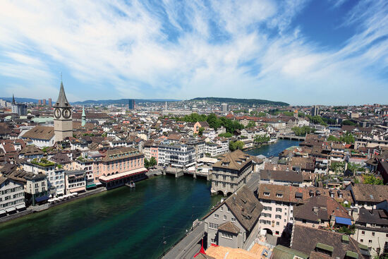 Zürich cityscape (photo © Ron Sumners / dreamstime.com).