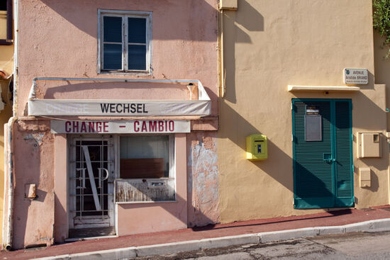 The introduction of the euro signalled the demise of a local industry. This nowadays disused exchange office is on the old road from Menton to Latte, just west of the border (photo © hidden europe).