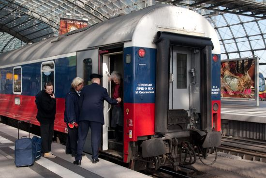 The Moscow to Paris train arriving at Berlin's main station (Hauptbahnhof) (photo © hidden europe).