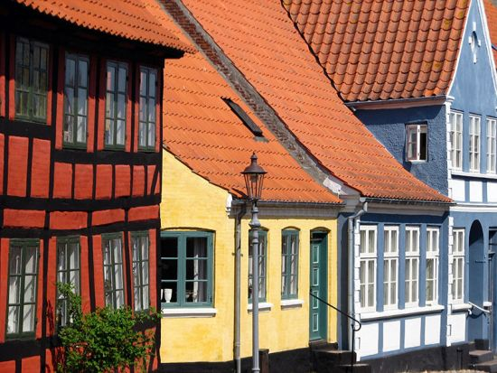 Colourful houses in Ærøskøbing, the capital of the Danish island of Ærø (photo © Marieke van der Horst).