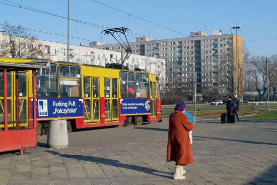 Another world from the tourist and business haunts of central Warsaw, the city's eastern suburbs are full of apartment blocks and grassy boulevards. Here, the tram stop outside Warsaw Wschodnia station (photo © hidden europe).