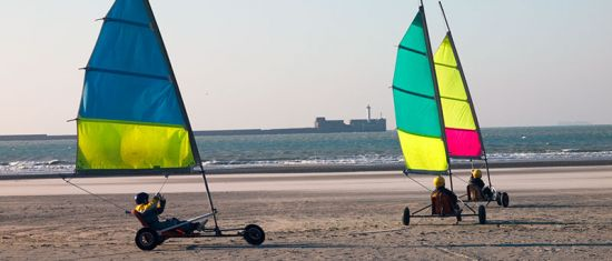 Beach sailing at Boulogne