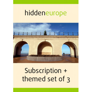 1 year subscription + themed set of 3 issues